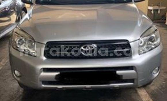 Acheter Occasion Voiture Toyota RAV4 Gris à Antananarivo, Analamanga