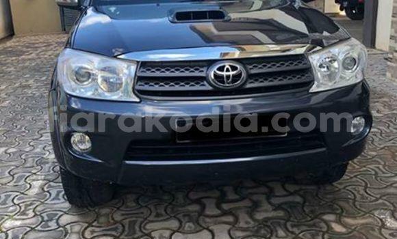 Acheter Occasion Voiture Toyota Fortuner Bleu à Antananarivo, Analamanga
