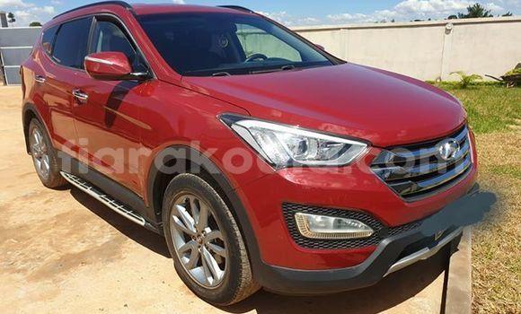 Acheter Occasion Voiture Hyundai Santa Fe Rouge à Antananarivo, Analamanga