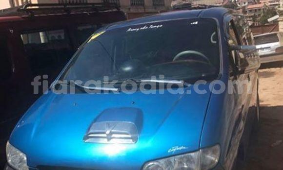 Acheter Occasion Voiture Hyundai Starex Bleu à Antananarivo, Analamanga