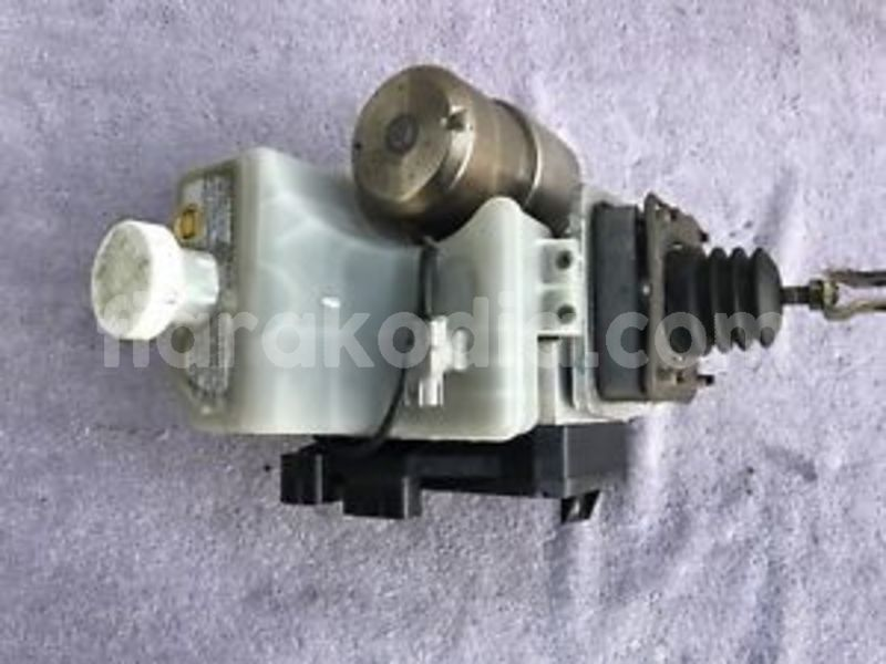 Big with watermark hydraulic brake booster assy mn 11 6391 abs control unit mn 102 834