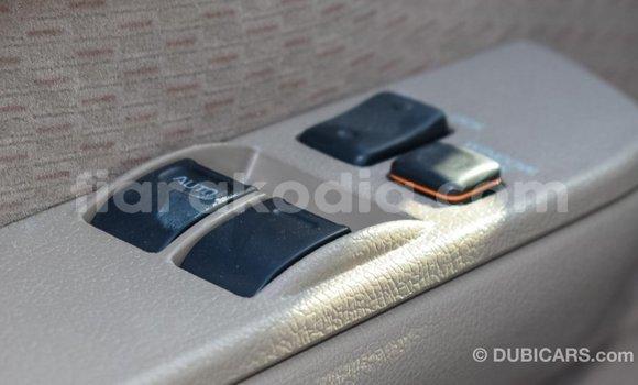 Acheter Importé Voiture Toyota Land Cruiser Beige à Import - Dubai, Diana