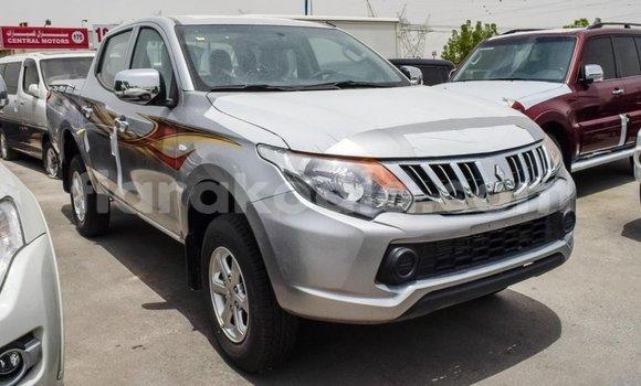 Acheter Importé Voiture Mitsubishi L200 Autre à Import - Dubai, Diana