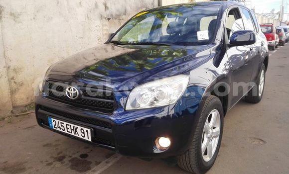 Acheter Occasion Voiture Toyota RAV4 Bleu à Antananarivo, Analamanga