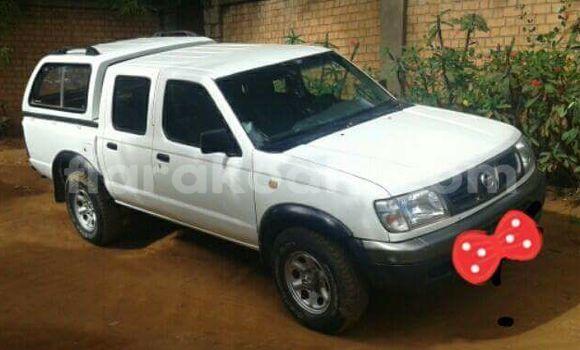 Acheter Occasion Voiture Nissan Hardbody Blanc à Antananarivo au Analamanga