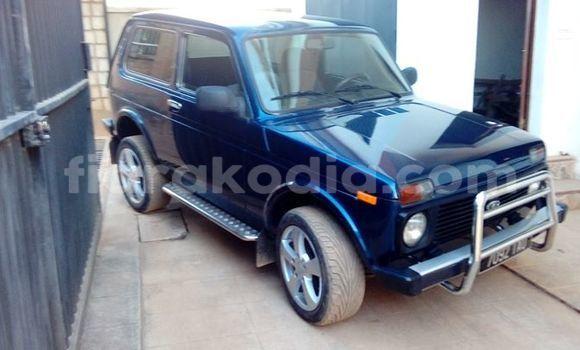 Acheter Occasions Voiture Lada Niva Bleu à Antananarivo, Analamanga