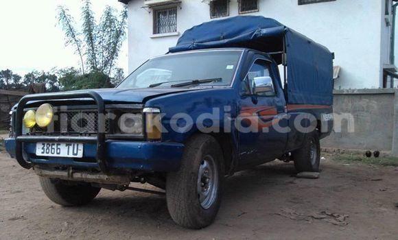 Acheter Occasion Voiture Nissan Pickup Bleu à Antananarivo, Analamanga