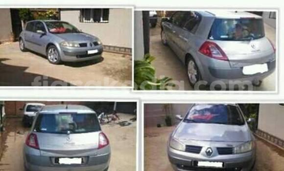Acheter Occasion Voiture Renault Megane Gris à Antananarivo au Analamanga