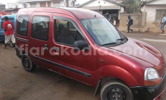 Acheter Occasion Voiture Renault Kangoo Rouge à Antananarivo, Analamanga