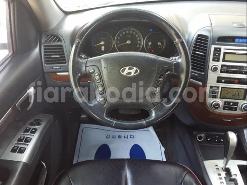 Big with watermark hyundai santa fe diana ambanja 4302