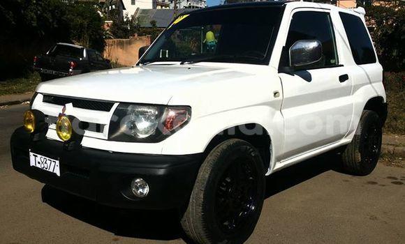 Acheter Occasion Voiture Mitsubishi Pajero Blanc à Antananarivo au Analamanga