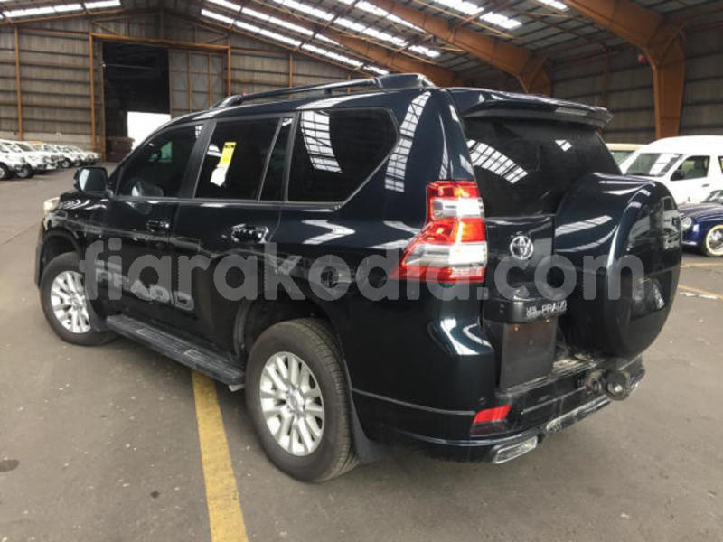 Big with watermark toyota land cruiser prado analamanga antananarivo 4405