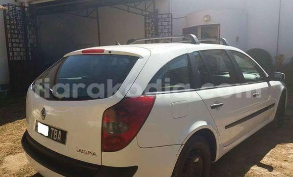 Acheter Occasion Voiture Renault Laguna Blanc à Antananarivo, Analamanga