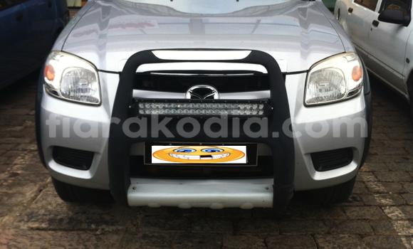 Acheter Occasion Voiture Mazda B-series Gris à Antananarivo au Analamanga