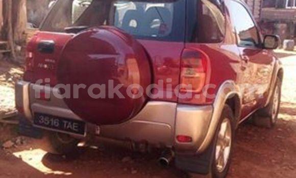 Acheter Occasion Voiture Toyota RAV4 Rouge à Antananarivo au Analamanga
