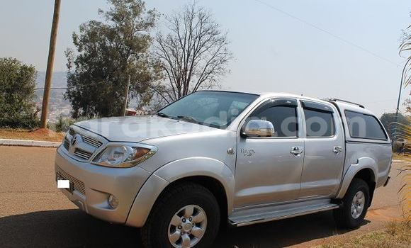 Acheter Occasion Voiture Toyota Hilux Gris à Antananarivo au Analamanga