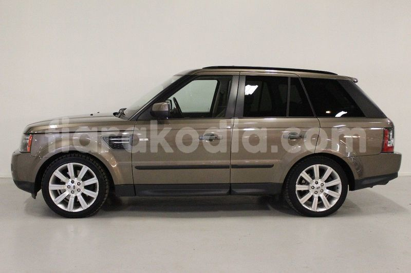Big with watermark land rover range rover sport 4