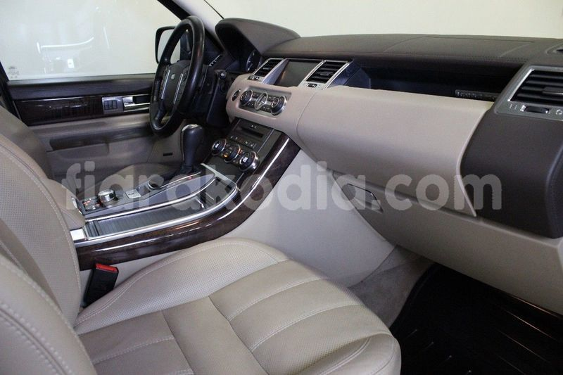 Big with watermark land rover range rover sport 13
