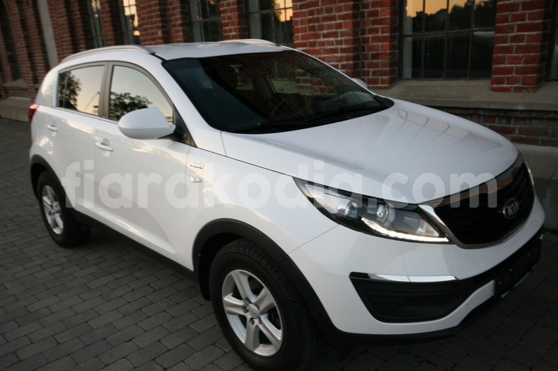 Big with watermark kia sportage 2