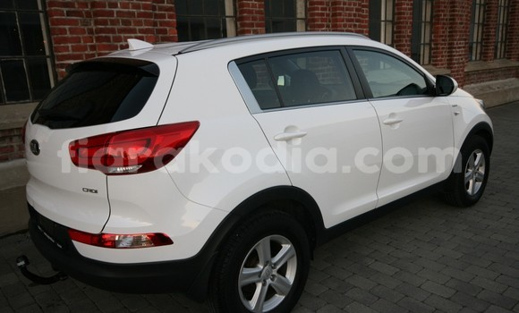 Medium with watermark kia sportage 4