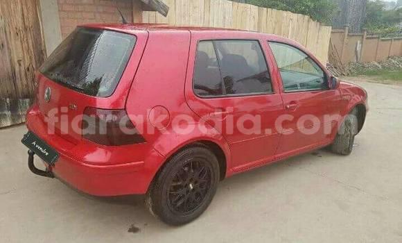 Acheter Occasion Voiture Volkswagen Golf Rouge à Antananarivo au Analamanga