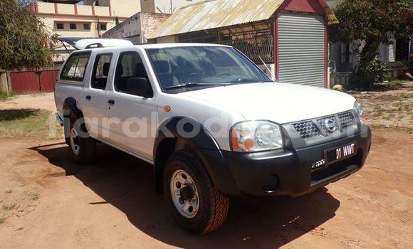 Acheter Occasion Voiture Nissan Navara Blanc à Antananarivo, Analamanga