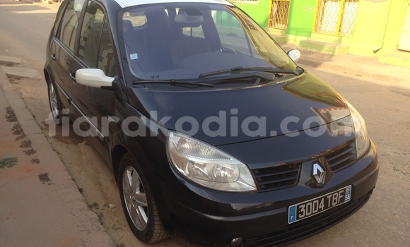 Buy Used Renault Scenic Black Car in Antananarivo in Analamanga