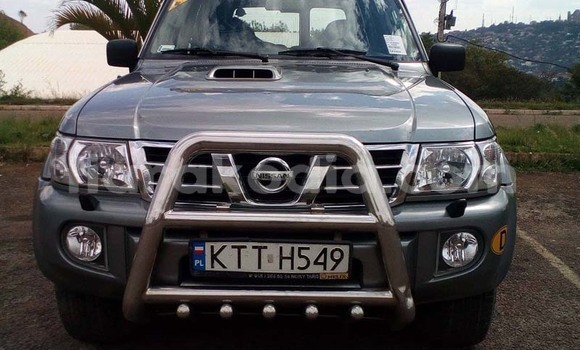 Acheter Occasion Voiture Nissan Patrol Gris à Antananarivo au Analamanga
