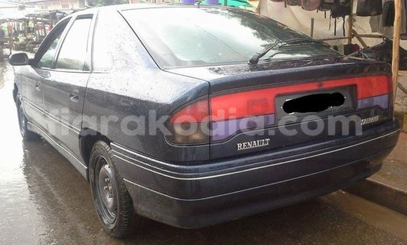 Buy Used Renault Safrane Other Car in Antananarivo in Analamanga