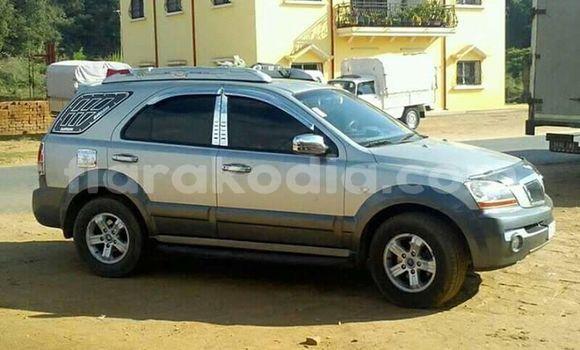 Acheter Occasions Voiture Kia Sorento Gris à Antananarivo au Analamanga
