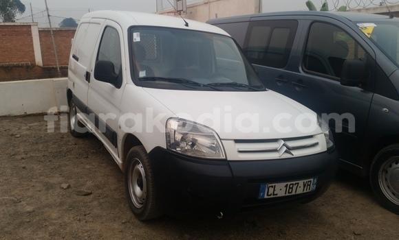 Acheter Occasion Utilitaire Citroen Berlingo Blanc à Antananarivo, Analamanga