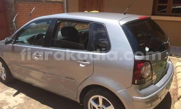 Acheter Occasion Voiture Volkswagen Polo Gris à Ambatolampy au Vakinankaratra