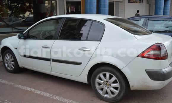 Acheter Occasion Voiture Renault Megane Blanc à Antananarivo au Analamanga