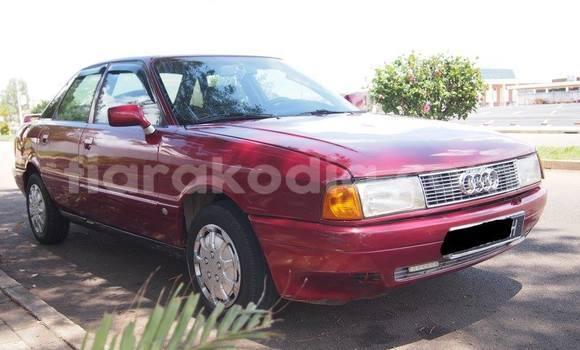 Acheter Neuf Voiture Audi 80 Rouge à Antananarivo au Analamanga