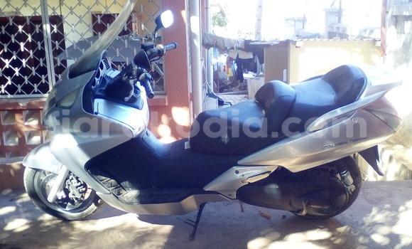Acheter Occasion Moto Honda RR1000 Gris à Mahajanga au Boeny