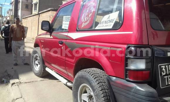 Acheter Occasion Voiture Mitsubishi Pajero Rouge à Ambatolampy au Vakinankaratra