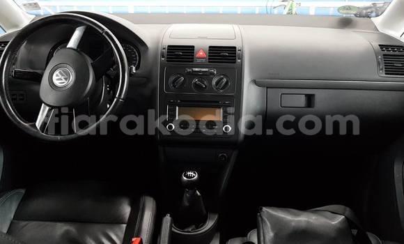 Acheter Occasion Voiture Volkswagen Touran Noir à Antananarivo au Analamanga