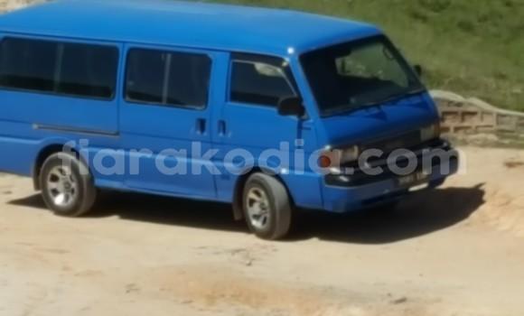 Acheter Occasion Voiture Mazda E2200 Bleu à Antananarivo, Analamanga