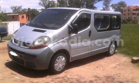 Acheter Occasion Utilitaire Renault Trafic Gris à Antananarivo, Analamanga