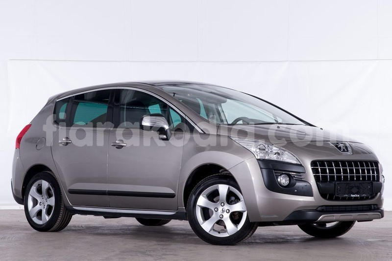 Big with watermark peugeot 3008 1