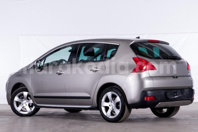 Big with watermark peugeot 3008 4