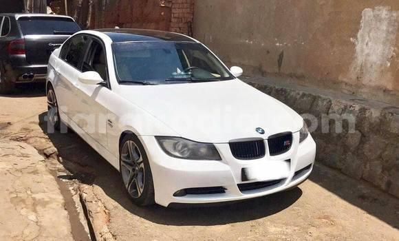 Acheter Occasion Voiture BMW 3-Series Blanc à Antananarivo au Analamanga