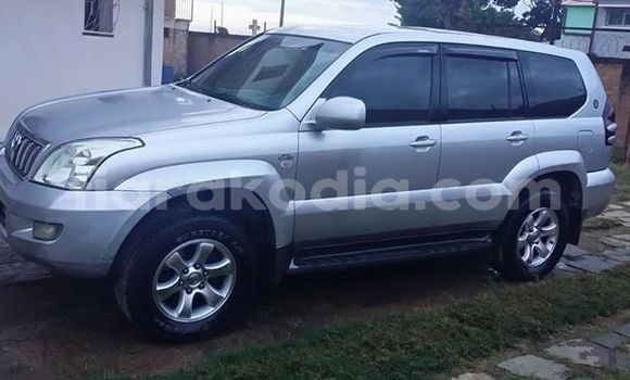 Acheter Occasion Voiture Toyota Land Cruiser Prado Gris à Antananarivo, Analamanga