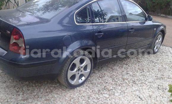 Acheter Occasion Voiture Volkswagen Passat Bleu à Antananarivo au Analamanga