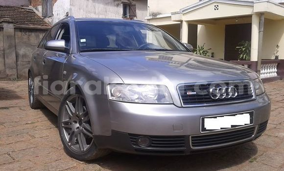 Acheter Occasion Voiture Audi A4 Gris à Antananarivo au Analamanga