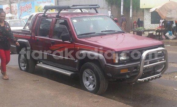 Acheter Occasion Voiture Mitsubishi L200 Rouge à Antananarivo, Analamanga