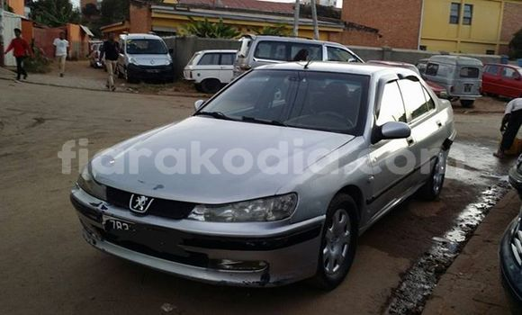 Acheter Occasion Voiture Peugeot 406 Gris à Antananarivo au Analamanga