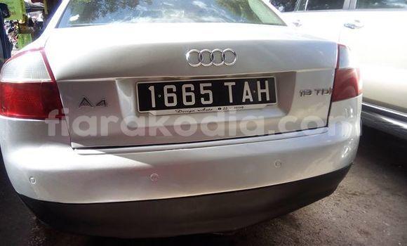 Acheter Occasion Voiture Audi A4 Blanc à Antananarivo, Analamanga