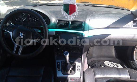 Acheter Occasions Voiture BMW 3-Series Gris à Antananarivo au Analamanga