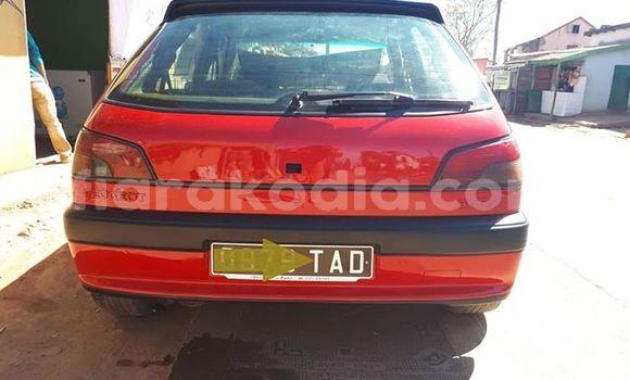 Acheter Occasions Voiture Peugeot 306 Rouge à Antananarivo au Analamanga